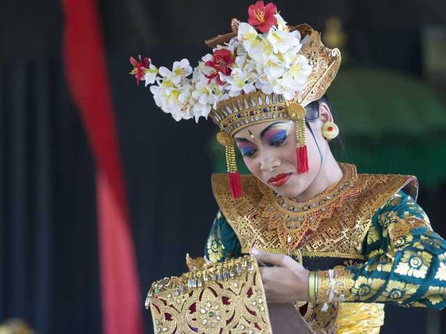 Danses balinaises traditionnelles - Indonésie, © Christian Juni - TIRAWA