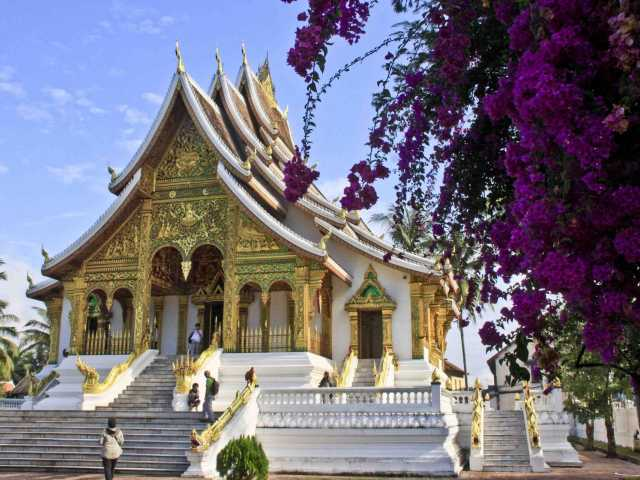 Un temple dans l'ancien palais royal de Luang Prabang - Laos, © Julien Freidel - TIRAWA