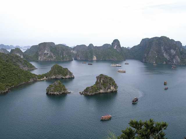 Baie d'Halong - Vietnam, © Christian Leroy - TIRAWA