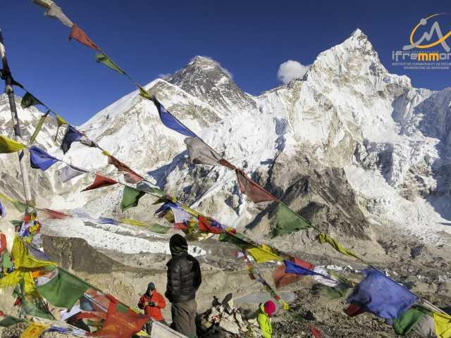 Vue sur l'Everest depuis le Kala Pattar - Népal, © Emmanuel Cauchy - Ifremmont