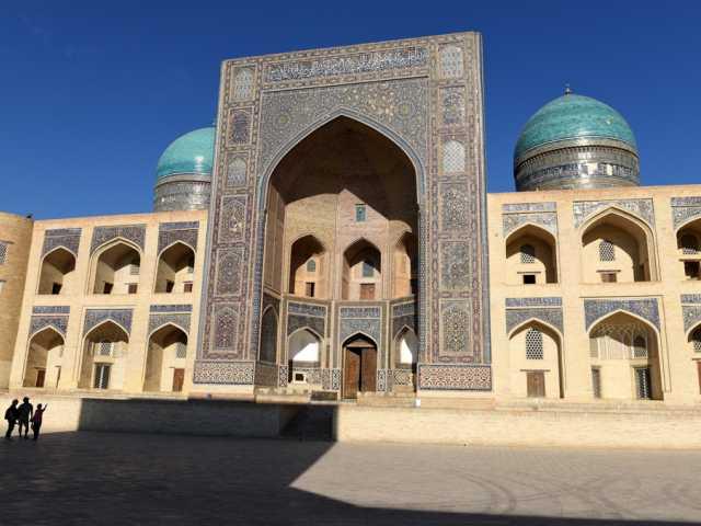 Grande médersa de Khiva - Ouzbékistan, © Robert Dompnier