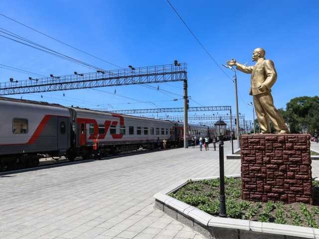 L'une des 60 gares où le train s'arrête, © Christian Juni