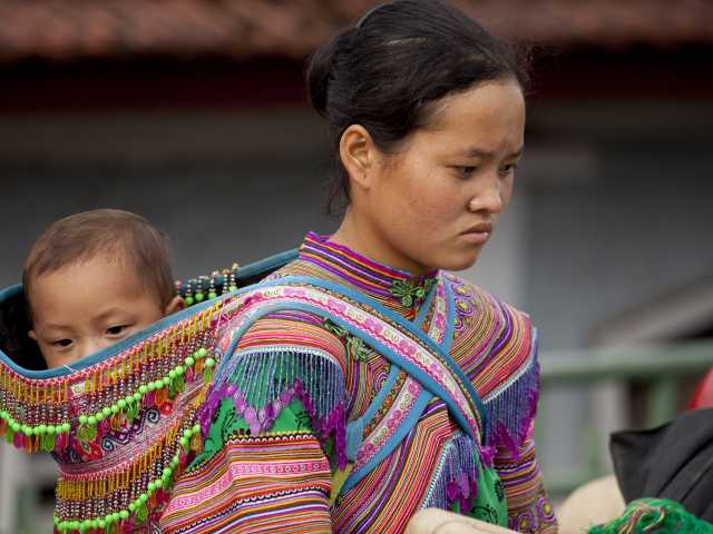 Au marché, lieu de rencontre de toutes les ethnies de la région, © Christian Leroy - Tirawa