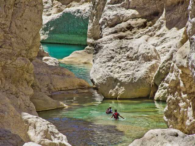 Randonnée aquatique dans le Wadi Bani Khalid - Oman, © Christian Leroy - TIRAWA
