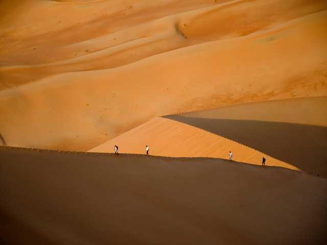 Randonnée dans les dunes du Rub Al Khali - Oman, © Julien Erster - TIRAWA