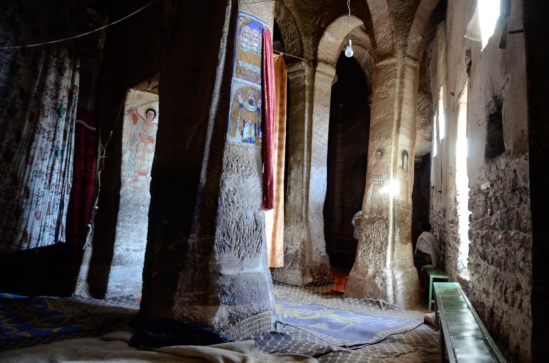 Eglise rupestre d'Abba Yohanni