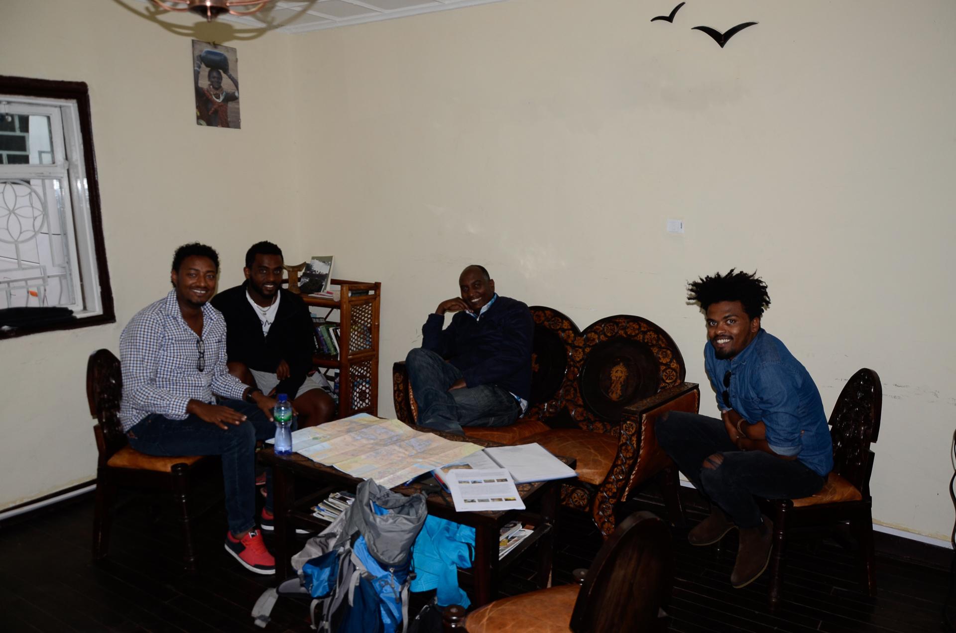 Equipe locale ethiopienne et francophone à Addis