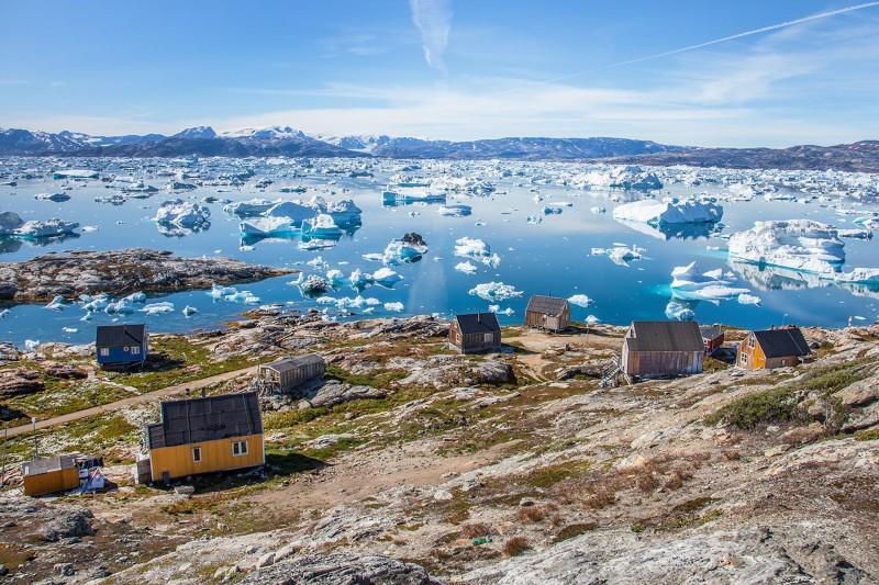 village inuit-bjorgvin-hilmarsson-8586