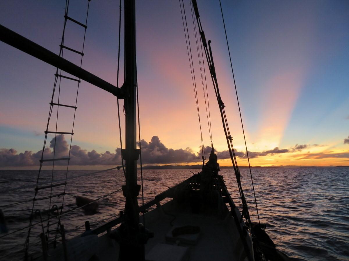coucher soleil raja ampat