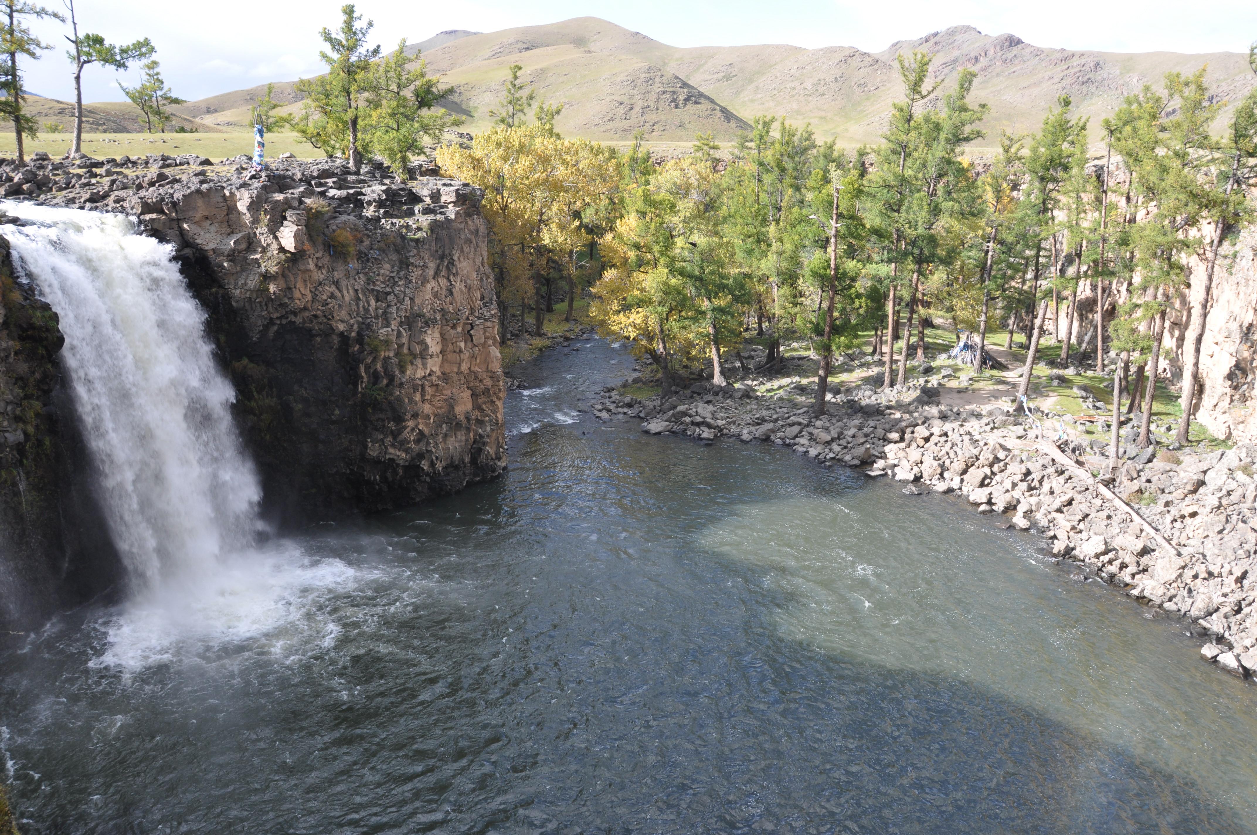 immersion chez les mongols claire tissot cascade orkon