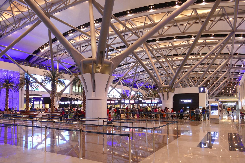 Aéroport de Mascate, flambant neuf. Inauguré en avril 2018