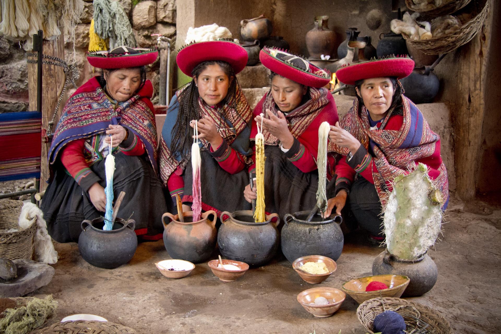 Rencontre avec des tisserandes dans la vallée sacrée - Pérou