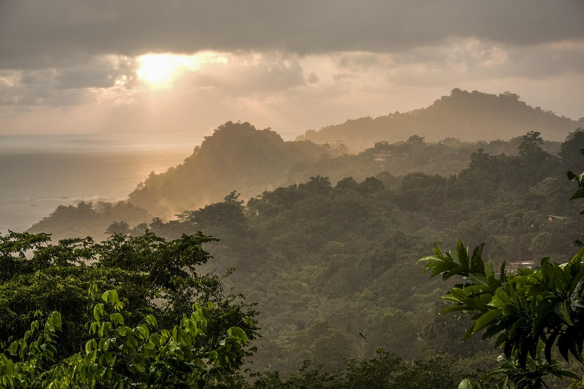 Coucher de soleil depuis Quepos Costa Rica