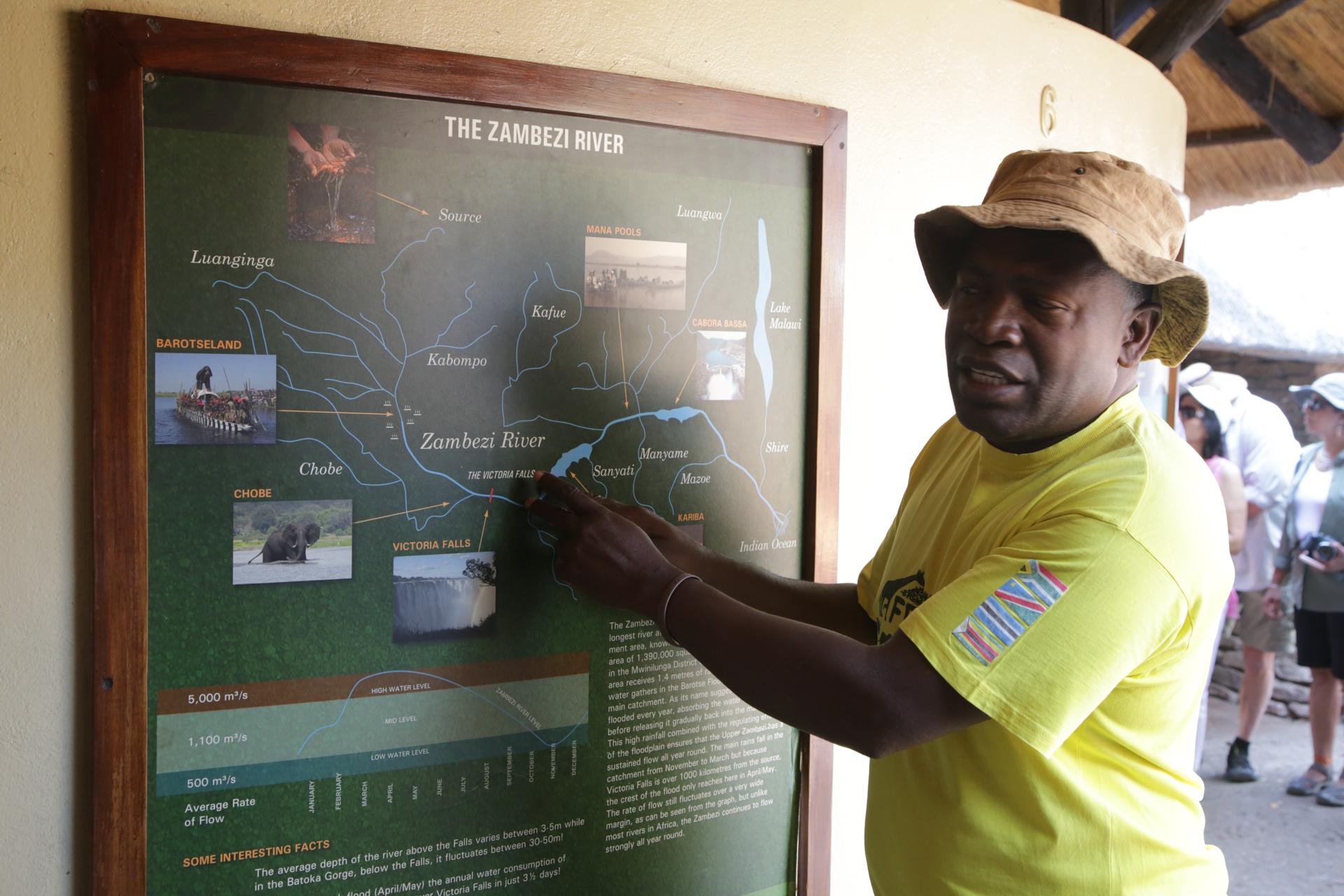 guide zimbabwe chutes victoria