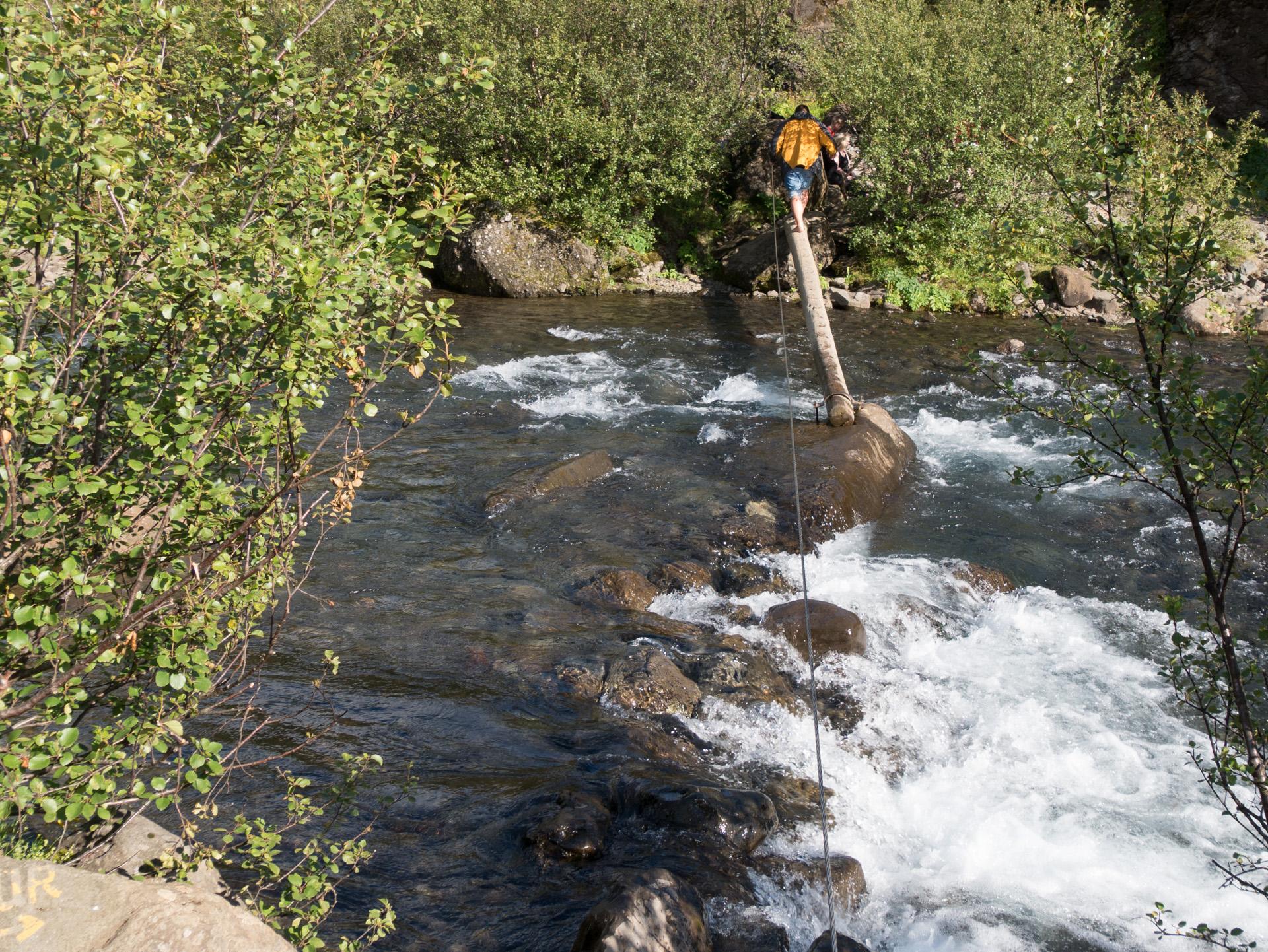 Approche de la cascade Glymur