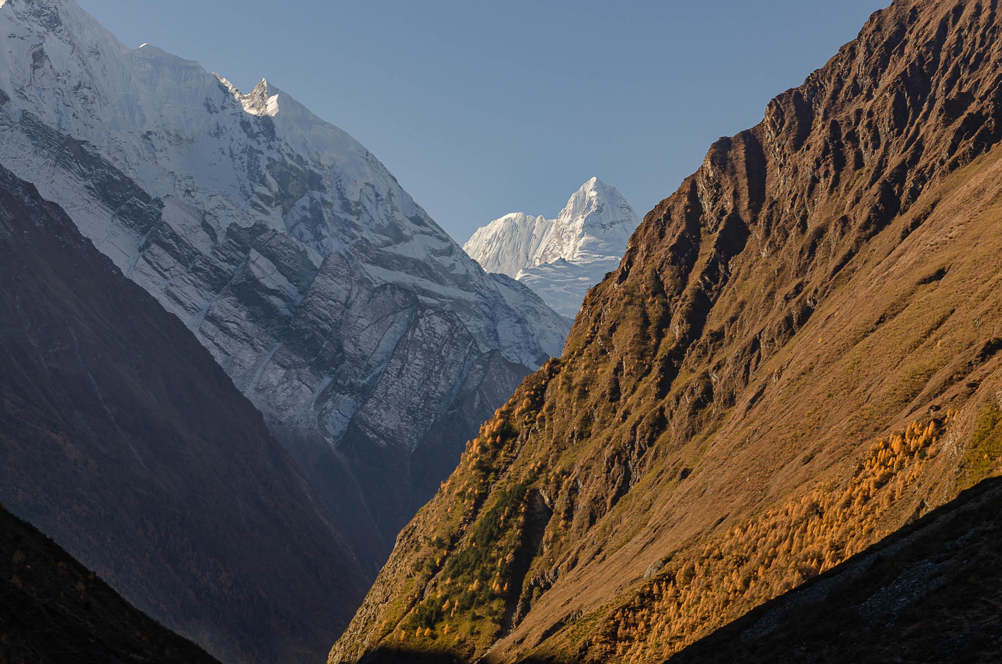 Ganesh Tsum valley