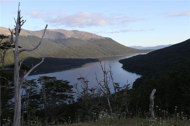 Le Lago Escondido, peu après Ushuaia