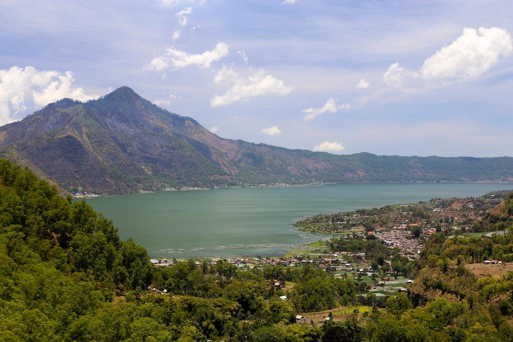 Fin du parcours en arrivant sur les rives du lac Batur