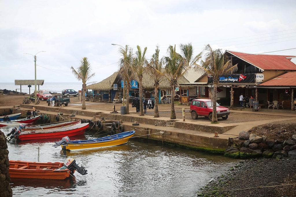 Le port de Hanga Roa