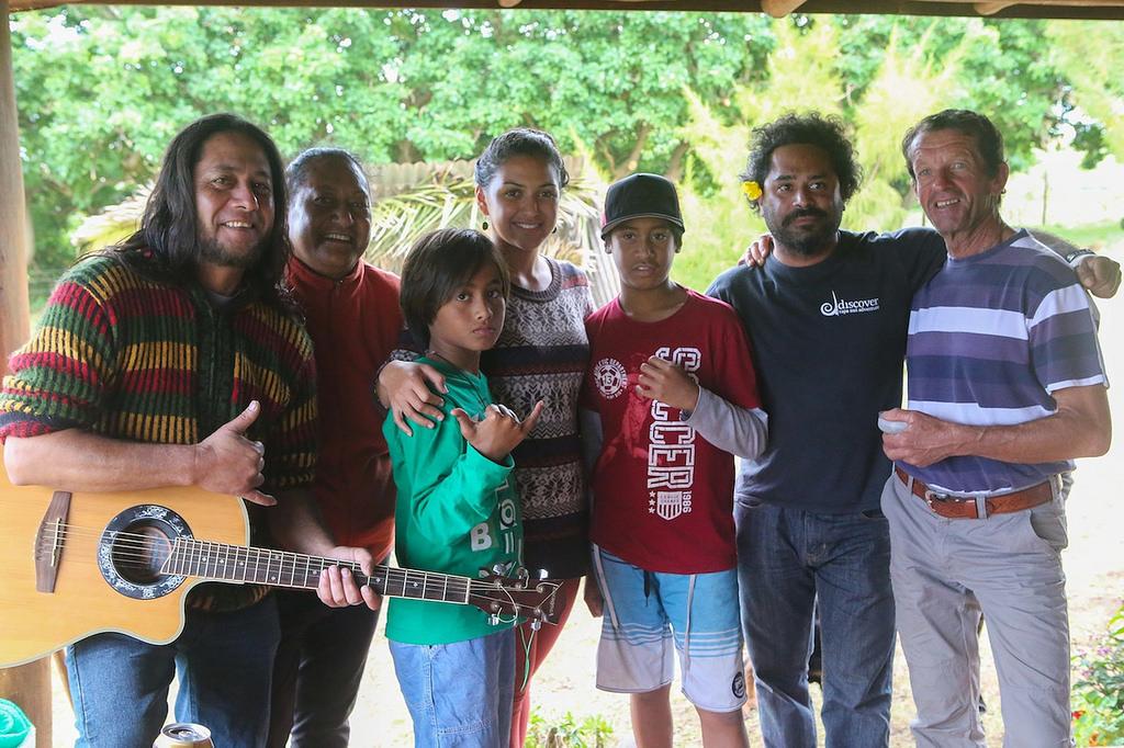 La famille de Patrice, totalement intégré dans la société Rapa Nui