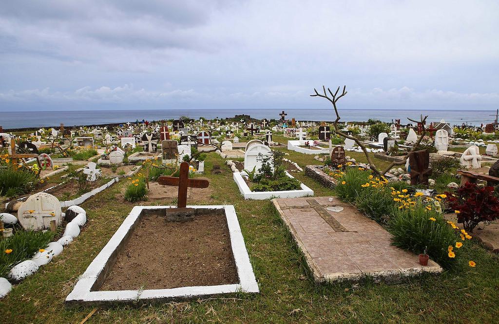 Le cimetière de Hanga Roa