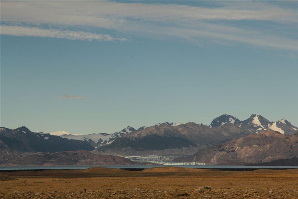 Le glacier Viedma qui se jette dans le lac éponyme