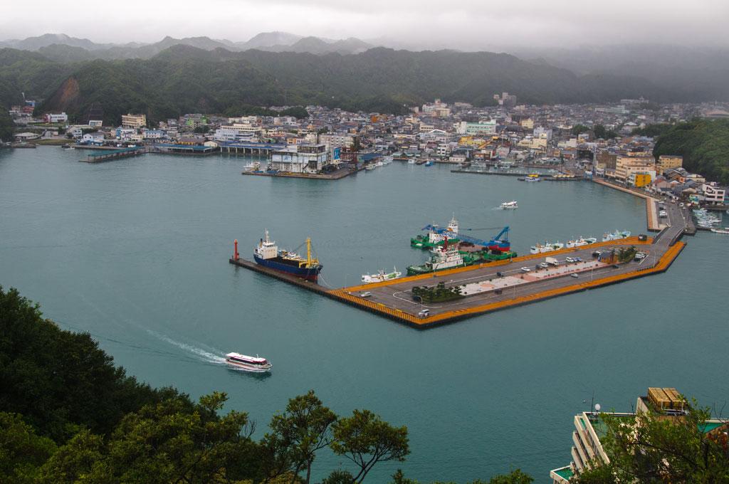 Vue sur le port de Ki-Katsura depuis la terrasse de notre Hôtel