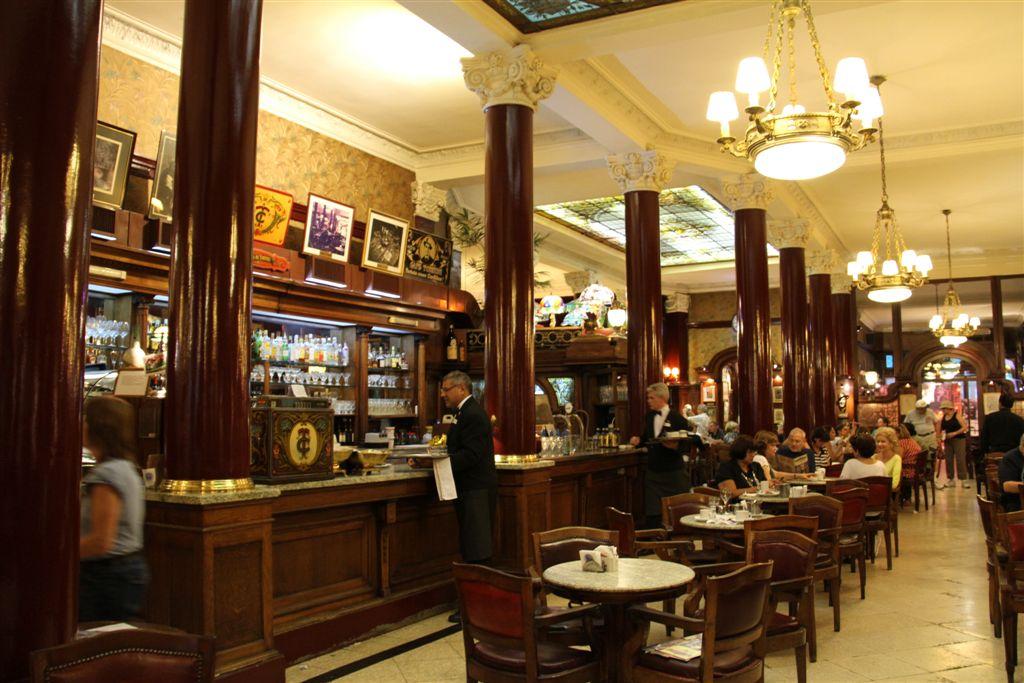 Le célèbre café Tortini
