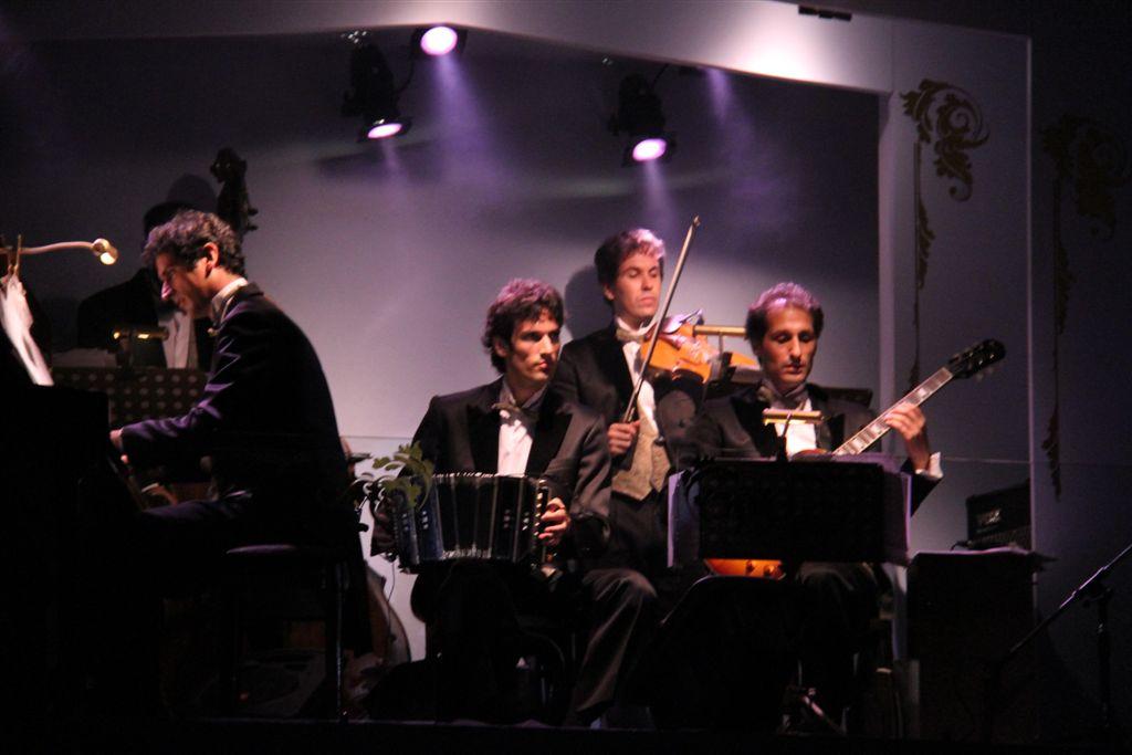 L'orchestre du café de los Angelitos