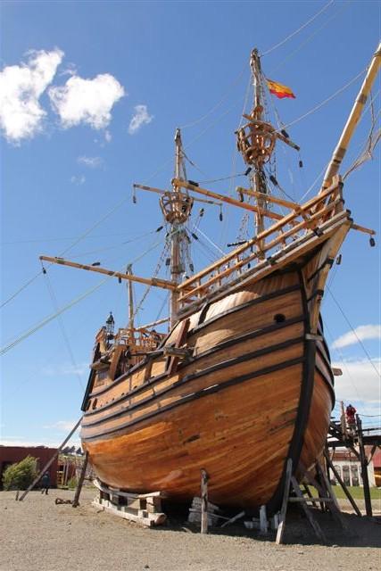 Une réplique du bateau de Magellan