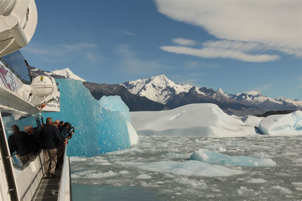 Au milieu des icebergs