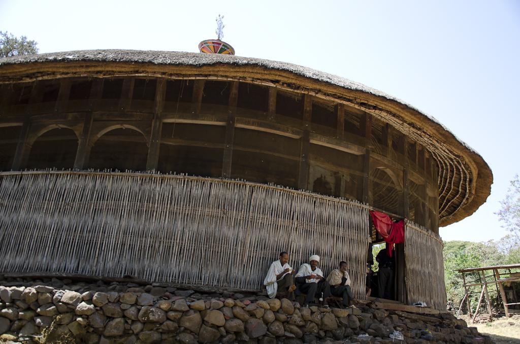 Eglise circulaire sur une des îles du lac Tana