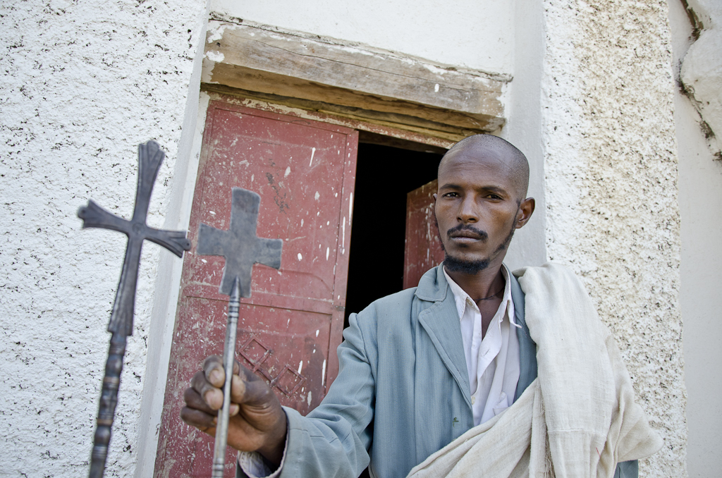 Prêtre de l'Eglise d'Abuna Gebre Mikael